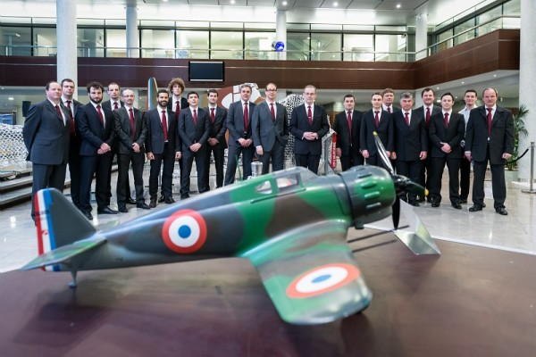 "L'équipe ""Projet MB-152"" - © Dassault Aviation - S. Randé"