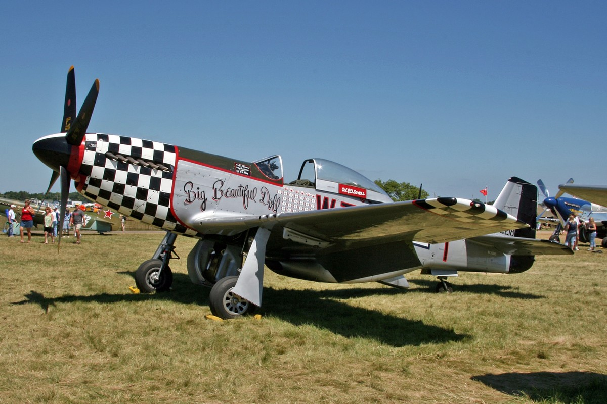 P-51D Big Beautiful Doll N351BD at AirVenture 2008 (Photo D. Miller (CC BY 2.0))