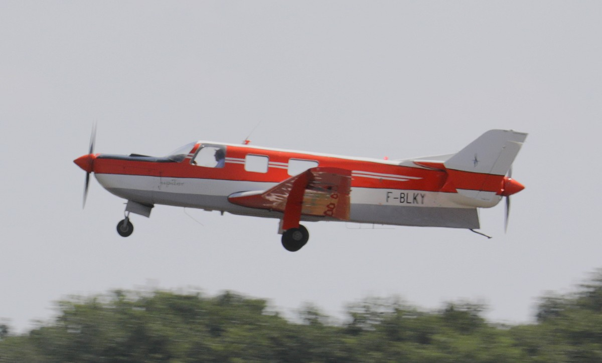 First flight of the Moynet Jupiter (Photo © Espace Air Passion)