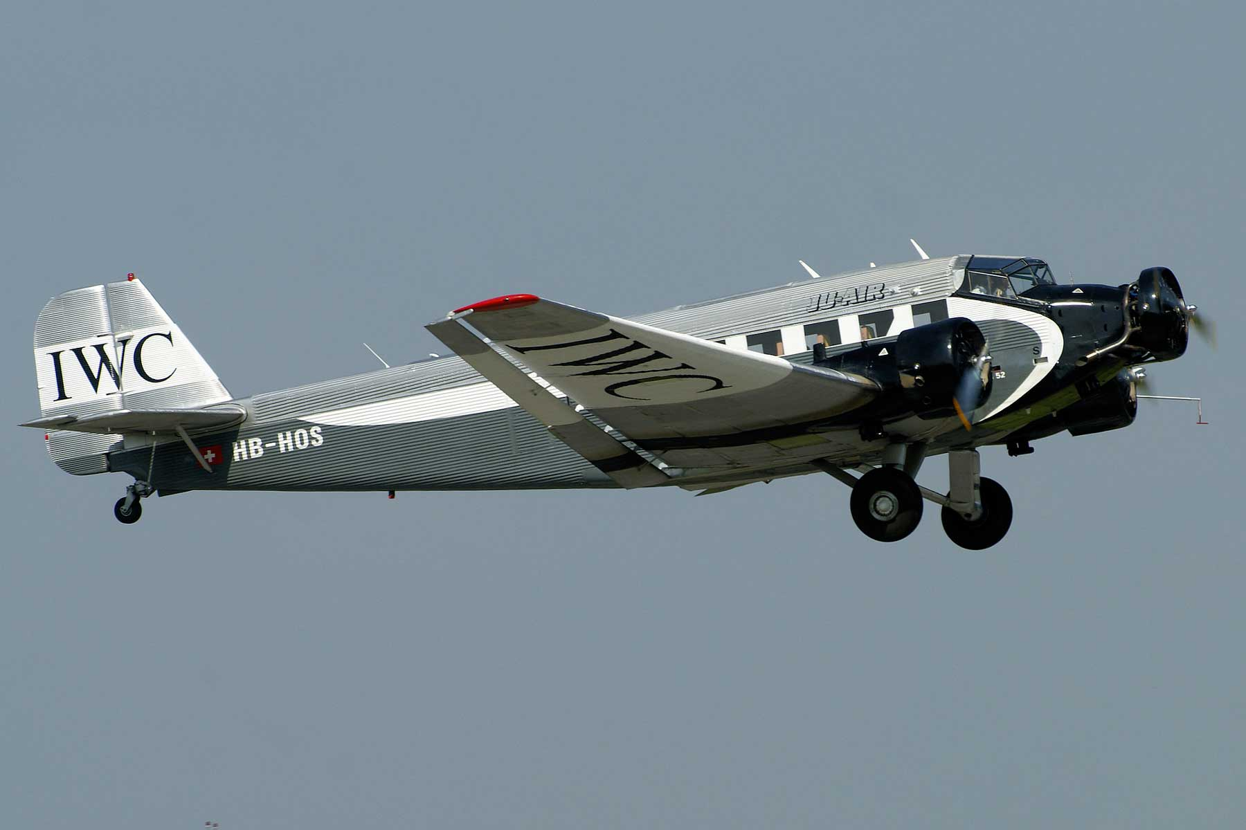 Ju-52 HB-HOS in 2011 (Photo LFSB Plane Pictures (CC BY-NC-ND-2.0))